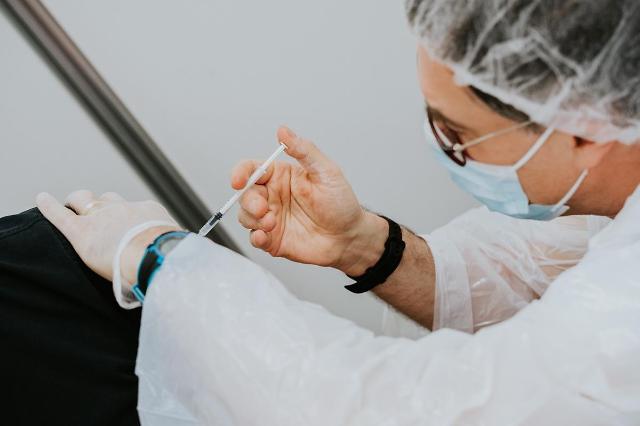 [NNA] 印, 백신 접종 대상, 4월부터 45세 이상으로 확대