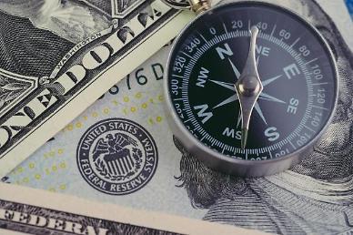 달러 왜 자꾸 강해지나?…지난해 예측 다 틀렸다