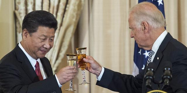미-중 설전 거세지자 남중국해 물리 충돌 우려도 고조
