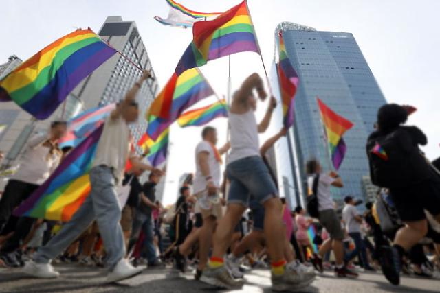 """国家人权委员会力挺性少数群体 判定反对""""酷儿庆典""""为歧视行为"""