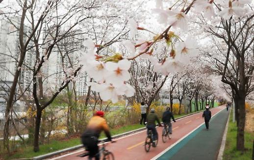 首尔市:汝矣岛汉江公园停车场周末关闭