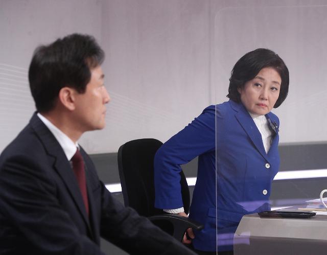 民调:首尔市长选举在野党候选人优势明显