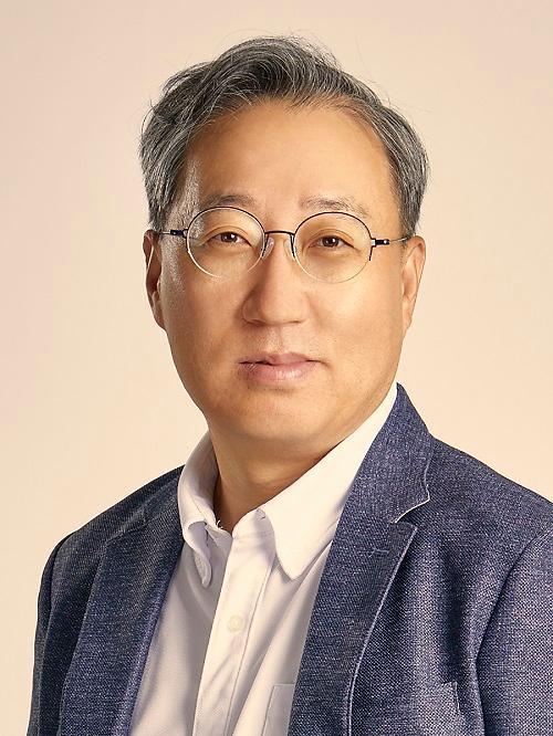 카뱅, 주총서 윤호영 대표 연임 확정…2년 임기
