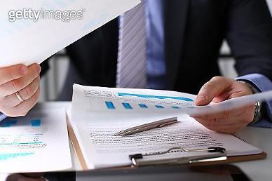 보험사, 저금리·저성장에 기업대출 늘렸다