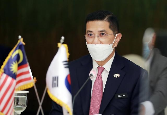 [NNA] 아즈민 말레이시아 통상산업부 장관, 투자촉진 위해 한일 방문
