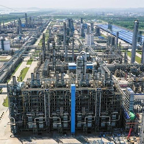 中韩石化武汉厂扩建下半年全面投运