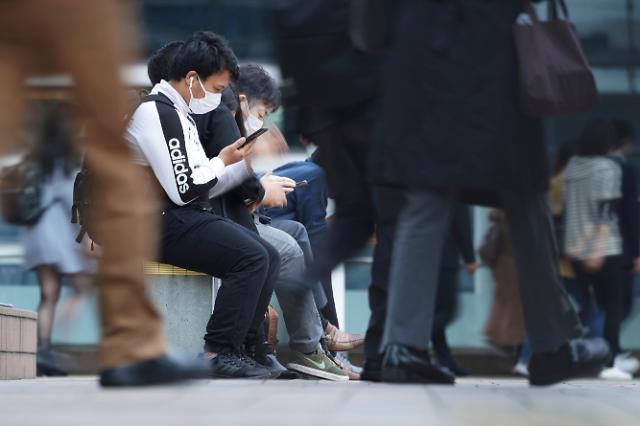 일본 코로나19 확산세 주춤...확진자 일주일만에 1000명대로