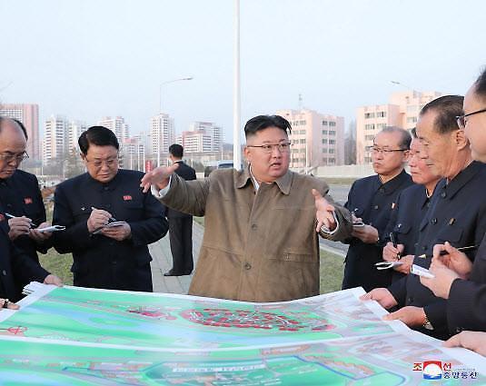 """북한 """"유엔, 보고서 날조...어린이 영양실조 없다"""""""