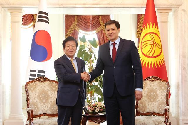 """박병석 의장, 키르기스스탄 서열 1~3위 연쇄 회동...""""경제 협력 강화하자"""""""