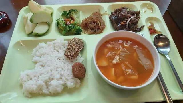统计:今年3月韩国内部食堂价格同比涨3.9%