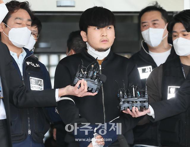 [포토] 김태현, 마스크 벗은 얼굴 공개