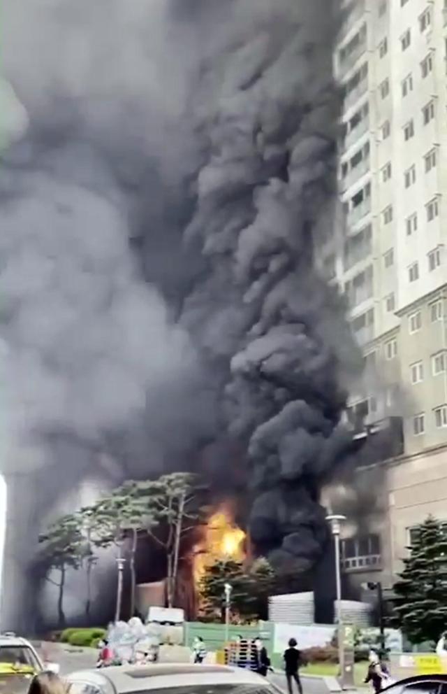 [속보] 남양주 다산동 주상복합건물 화재로 28명 연기 흡입 피해