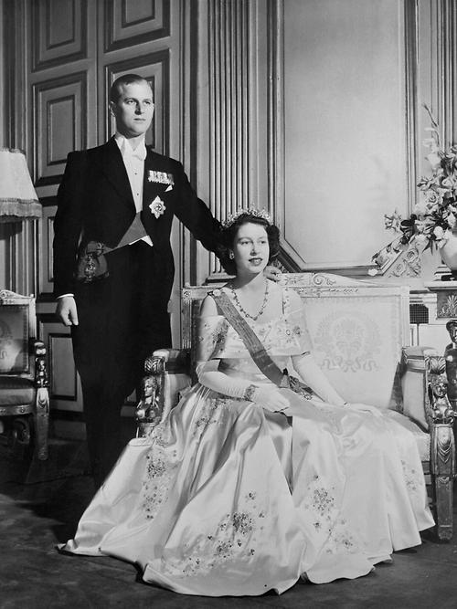 70년전 엘리자베스 2세 여왕이 한눈에 반했던 필립공