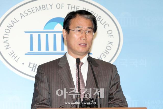 대법, 선거법 위반 권오을 전 의원 집행유예 확정