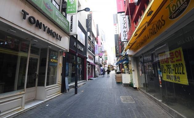 推陈出新VS另辟蹊径 红极一时的韩国化妆品路边店去哪儿了?