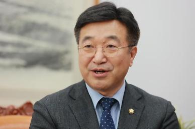 [속보] 윤호중, 더불어민주당 새 원내대표로 선출