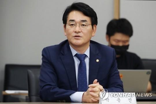 """모병제 외친 박용진 """"남녀 불문 100일 군사훈련""""...대권 출사표"""