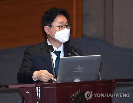 """박범계 """"검찰 조직적 저항, 조금 나아졌다"""""""