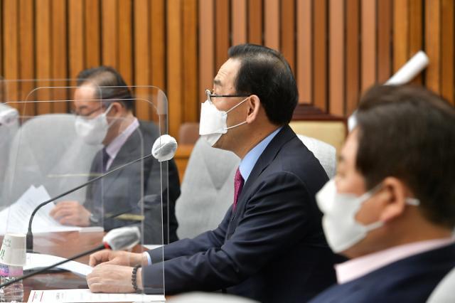 """김종인 """"주호영, 安 시장 만들려 작당""""…주 """"특정인 도운 적 없다"""""""