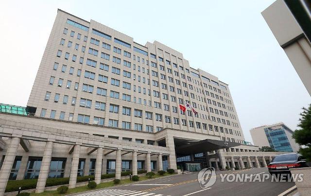 """국방부, 모병제·여성징병제 도입에 """"안보 우선"""""""