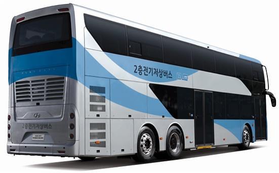 국산기술로 만든 2층 전기버스 운행 시작…광역버스에 순차 적용