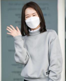 演员韩艺璃赴美出席奥斯卡颁奖典礼