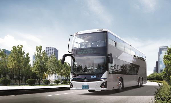 현대차 국내 최초 이층 전기버스, 광역 노선 누빈다