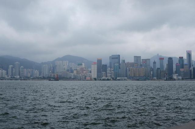 [NNA] 홍콩 정부, 中 광둥성과 격리없는 왕래재개 협의중