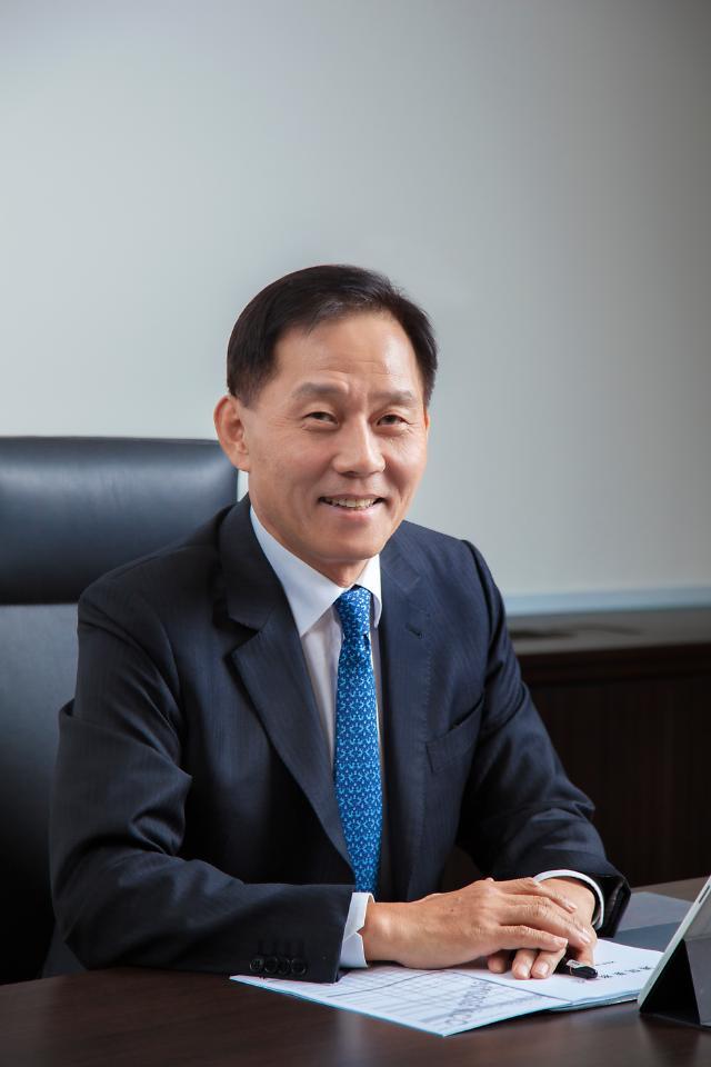 [C를 찾아서] KCC글라스① 정몽익 회장 꼼꼼한 관리자형 CEO...출범 첫 해 내실있는 수익 달성