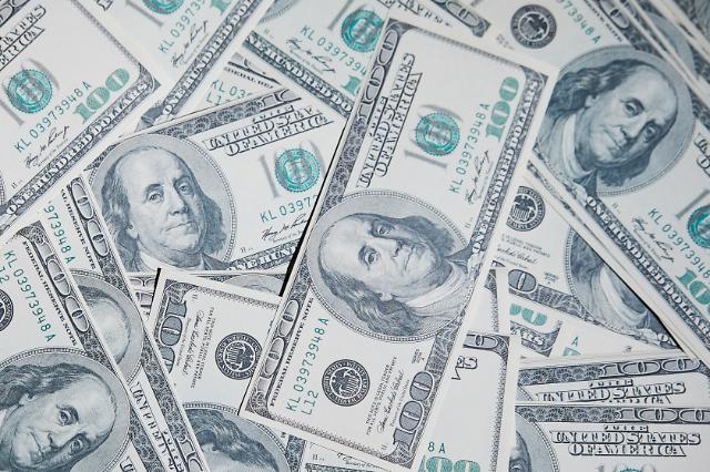 원·달러 환율, 소폭 하락세…0.2원 내린 1108.0원 출발