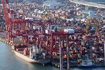 コロナ禍から完全に回復した4月の輸出、10年ぶりの最大上昇