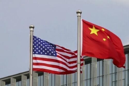 近8成韩国人认为美国比中国更重要