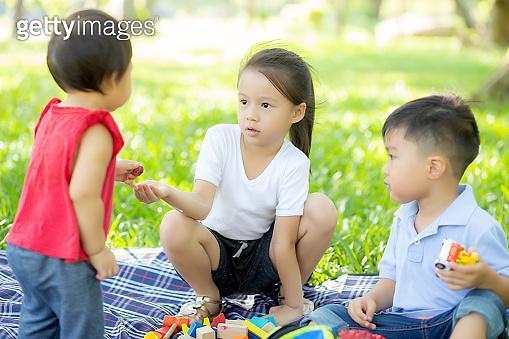 """""""어린이날, 자녀에게 보험을 선물하세요"""""""