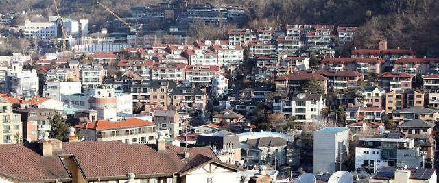 高房价下首尔多户住宅更吃香 交易量连续4个月领先公寓住宅