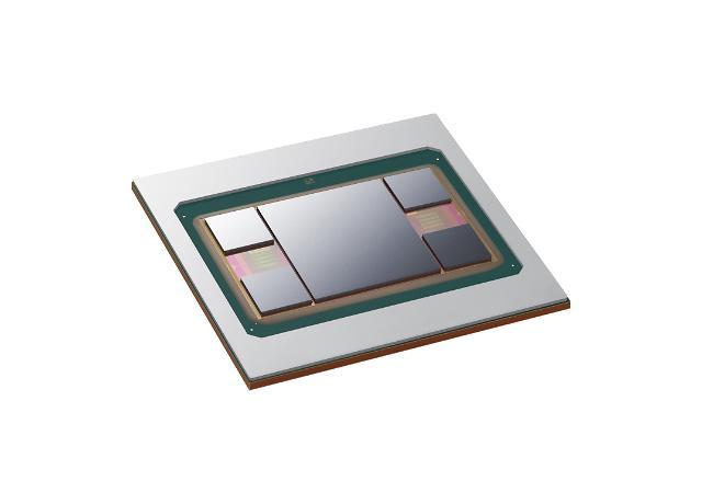 삼성전자, 차세대 반도체 패키지 기술 '아이큐브4' 개발…파운드리 영역 확대