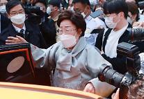 日本軍慰安婦被害者の李容洙さん、一審判決を不服「控訴」