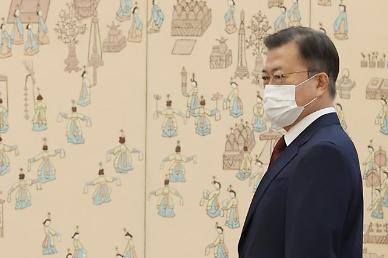 """靑, '임·박·노' 3인 거취 놓고 사태 진화 분주…""""의견 수렴 과정"""""""