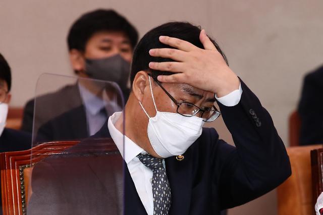 文在寅任期最后一次内阁改组惹争议 执政党内部矛盾再次激化