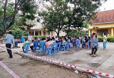 """[NNA] 캄보디아 거주 일본인들, """"백신 접종 받아야하나"""""""