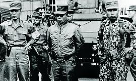 60년전 오늘, 세상에서 가장 평화로운 쿠데타가 일어났다 [카드뉴스]