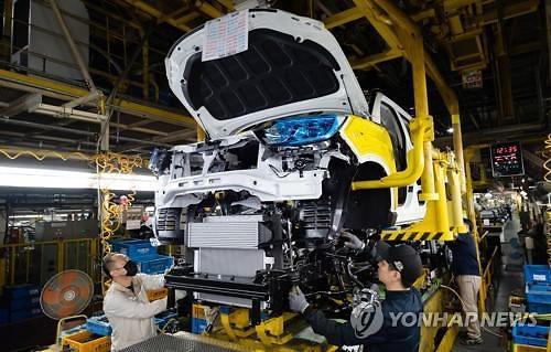 車向け半導体の不足にもかかわらず、自動車生産・輸出は↑