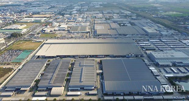 태양광 발전 시스템을 설치한 토스템타이의 공장
