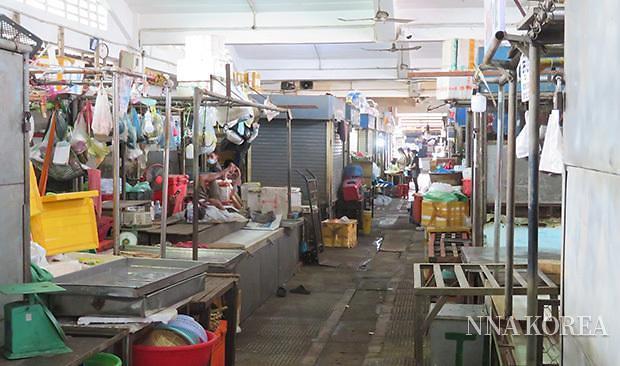 프놈펜, 폐쇄된 센트럴마켓의 모습
