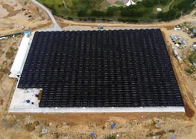 Eco-friendly shrimp farm kicks into operation using wastewater from nearby thermal power plant