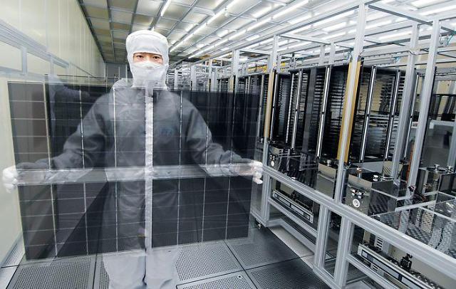 [요즘 TV 시장] 삼성·LG디스플레이, LCD '생산 연장' 결정…왜?