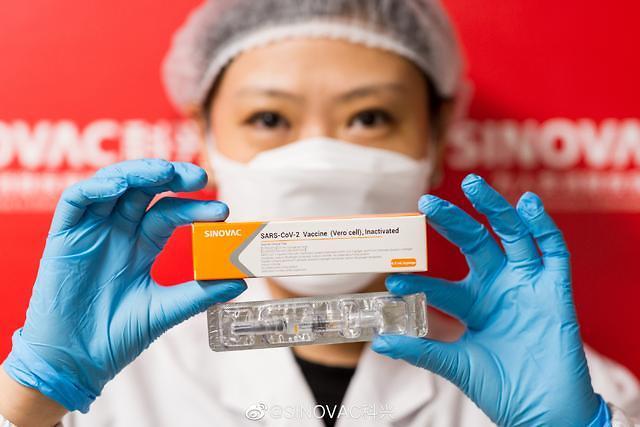 """5억회 접종 돌파한 중국 코로나 백신...""""부작용 0.012%"""""""