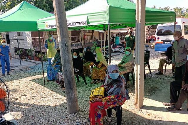 [NNA] 말레이시아 상업시설 집단접종에 참가비 50링깃 징수