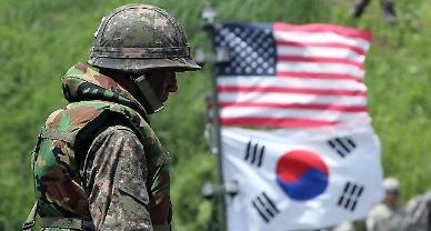 군, 내달 코로나19 집단면역 형성...8월 한·미연합훈련 규모에 이목