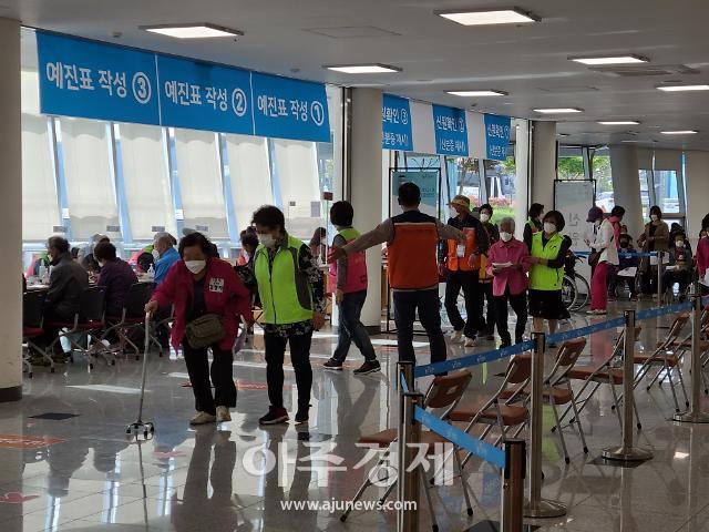 보령시 코로나19 지역예방접종센터에 자원봉사자 1500여 명 다녀가