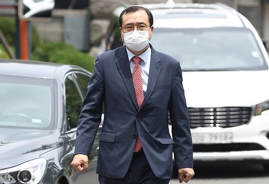 """""""재판 강요 아닌 조언"""" VS """"탄핵으로 헌법 수호"""" 임성근 탄핵재판 공방"""